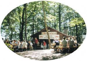 Die Schanzkopfhütte anlässlich des Schanzkopffestes im Jahre 2004